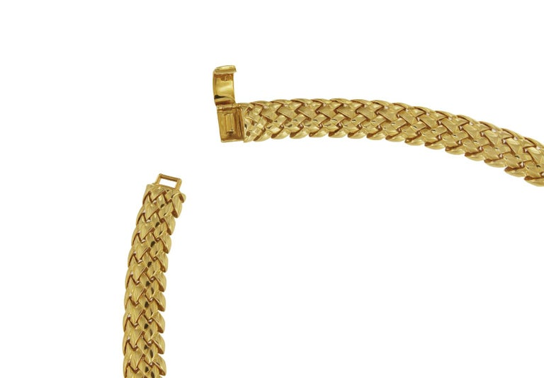 "TIFFANY & CO. 18K YELLOW GOLD VANNERIE BASKET WEAVE CHOKER NECKLACE.  Mint condition 18k Yellow Gold Length: 17"" Weight: 113.3gr Width: 12 mm *Comes with Tiffany box."