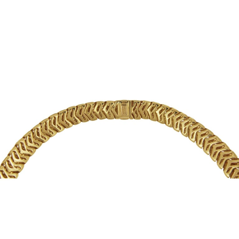 Tiffany & Co. 18 Karat Yellow Gold Vannerie Basket Weave Choker Necklace In Excellent Condition For Sale In New York, NY