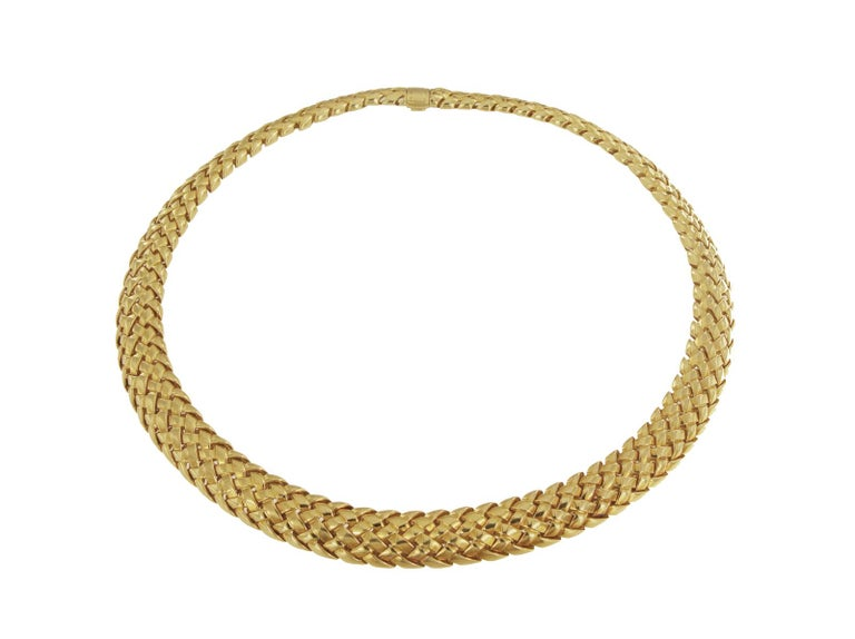 Women's or Men's Tiffany & Co. 18 Karat Yellow Gold Vannerie Basket Weave Choker Necklace For Sale