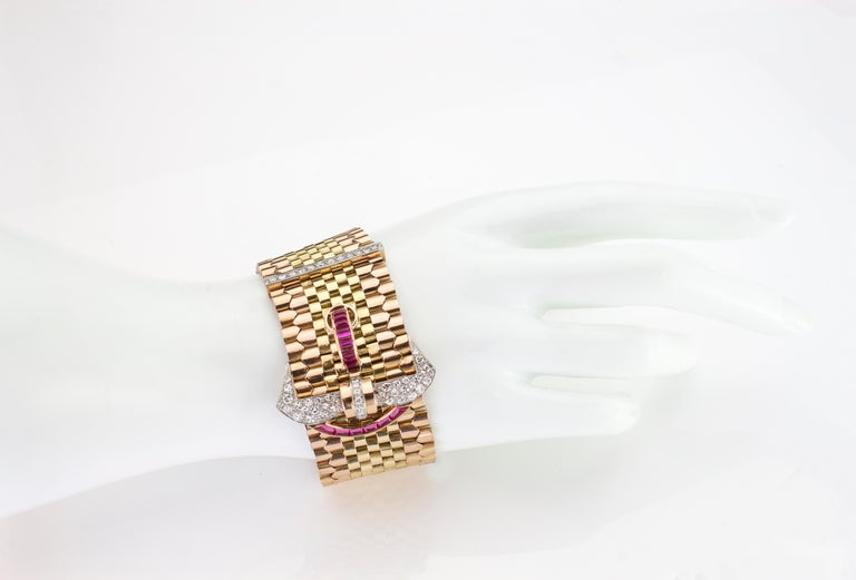 Tiffany & Co. 18 Karat Gold Belt Style Bracelet with Rubies and Diamonds In Good Condition For Sale In Braintree, GB