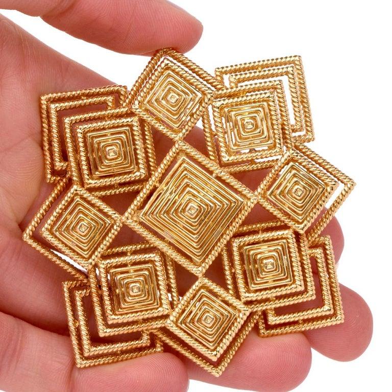 Retro Tiffany & Co. 1970s 18 Karat Gold Pyramidal Lapel Pin Brooch Pendant For Sale