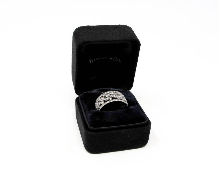 Tiffany & Co. 2.10 Carat Rose-Cut Diamond Cobblestone Platinum Band Ring For Sale 6