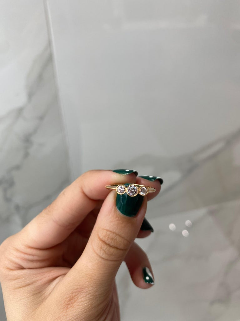 Tiffany & Co. 3-Stone 0.33ctw Round Diamond 18kt Rose Gold Ring 'D-F. VS2-VVS1' For Sale 1