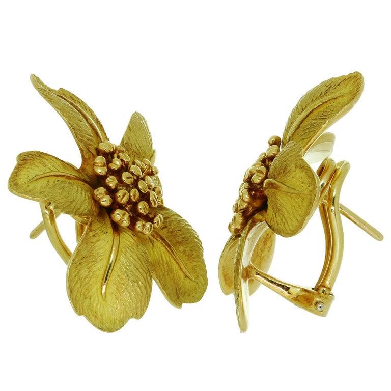 Women's Tiffany & Co. 5 Petal Flower Yellow Gold Earrings For Sale