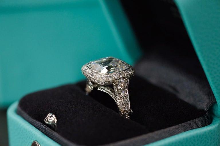 Tiffany & Co. 5.56 Carat E VS2 Cushion-Cut Diamond Legacy Platinum Ring For Sale 2