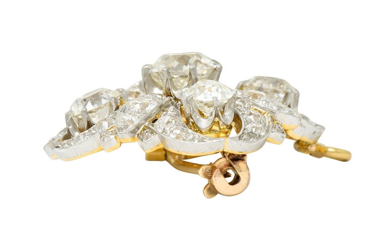 Tiffany & Co. 6.05 Carats Diamond Platinum 18 Karat Gold Quatrefoil Brooch For Sale 2