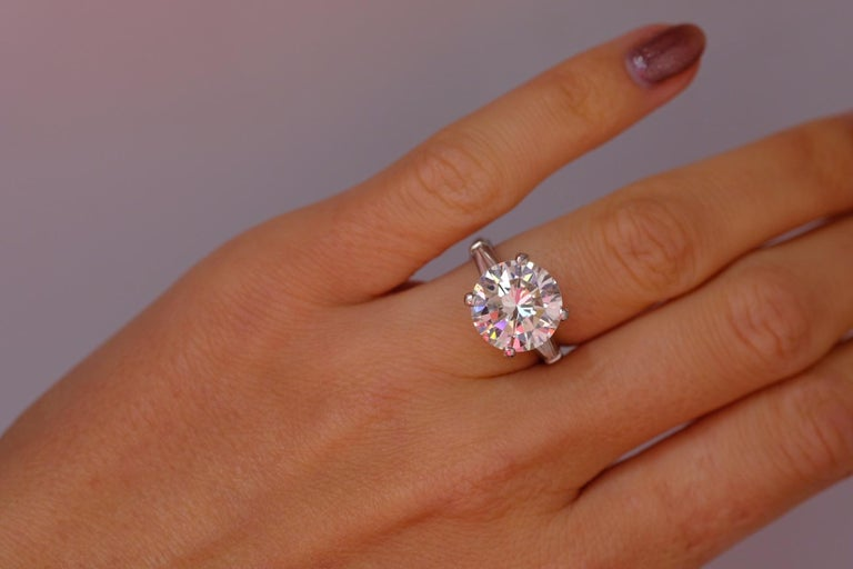 Tiffany & Co. 7.45 Carat Round Cut Diamond Three-Stone Engagement Ring In Excellent Condition For Sale In New York, NY
