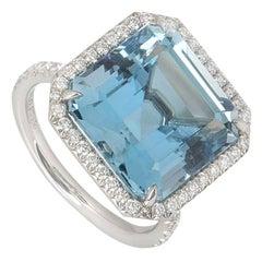 Tiffany & Co. Aquamarine and Diamond Platinum Ring 8.34 Carat