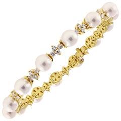 3d0420b14 Tiffany and Co. Floret Flourishes Diamond Platinum Pearl Bracelet at ...