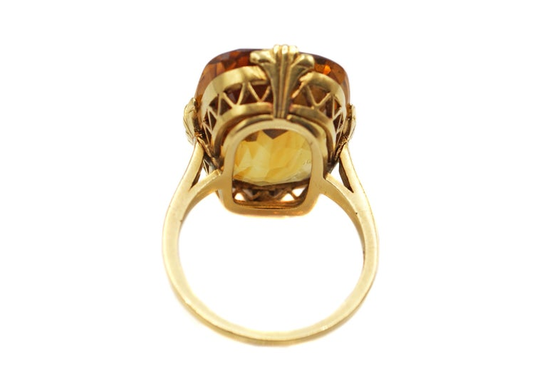 Tiffany & Co. Art Deco Citrine 18 Karat Gold Ring In Excellent Condition For Sale In New York, NY