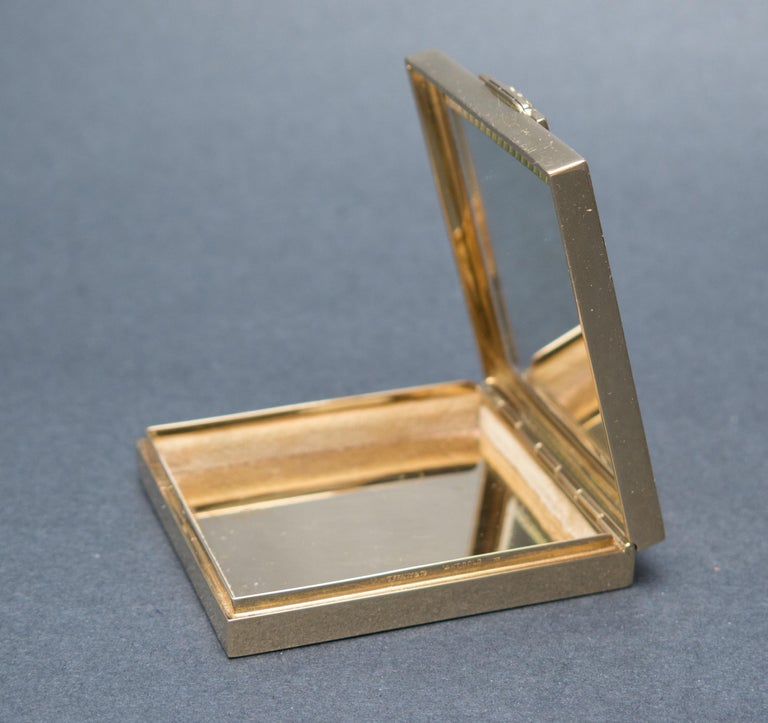 Tiffany & Co. Art Deco Ruby Gold Compact Box In Good Condition For Sale In Austin, TX
