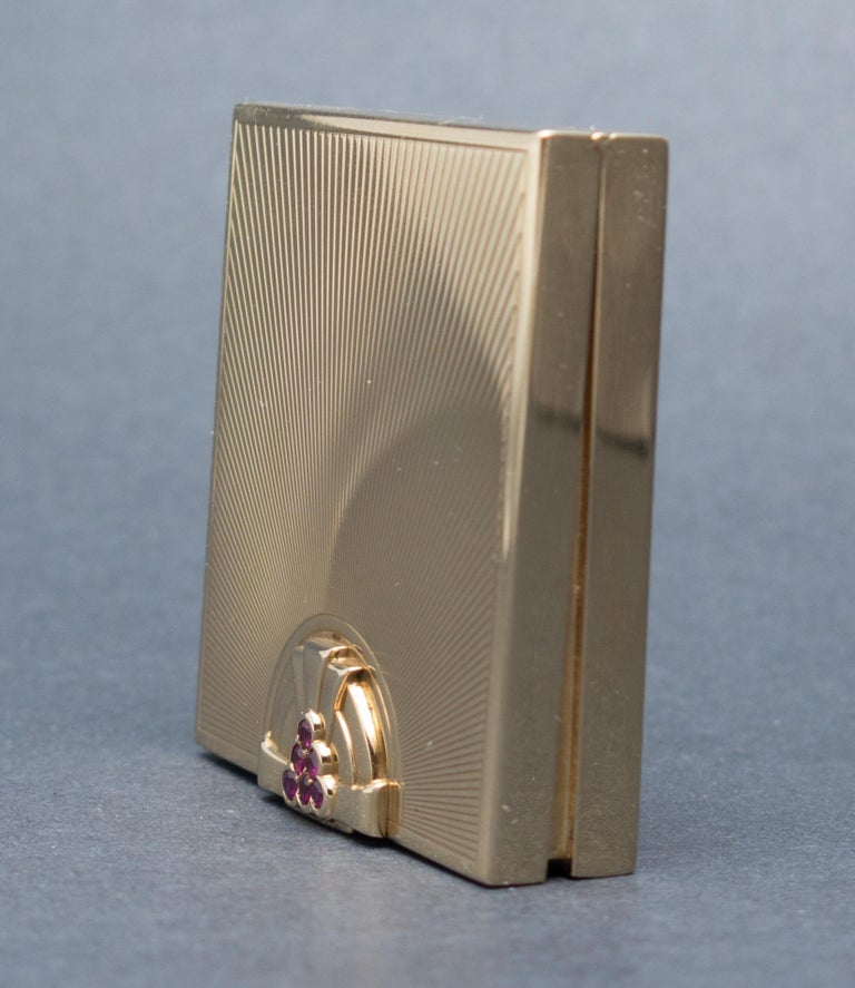 Tiffany & Co. Art Deco Ruby Gold Compact Box For Sale 1