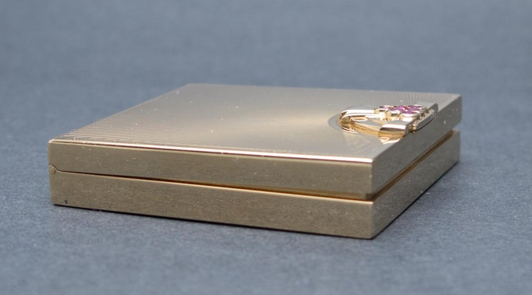Tiffany & Co. Art Deco Ruby Gold Compact Box For Sale 2