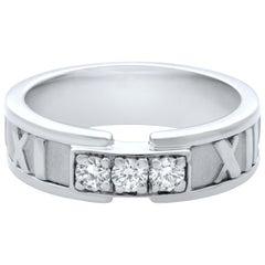Tiffany & Co Atlas 18 Karat White Gold Diamond Ring