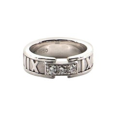 Tiffany & Co. Atlas Band Ring 18 Karat White Gold with Diamonds 4-47