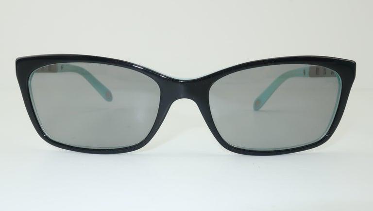 Tiffany & Co. Atlas Black & Blue Sunglasses In Good Condition For Sale In Atlanta, GA