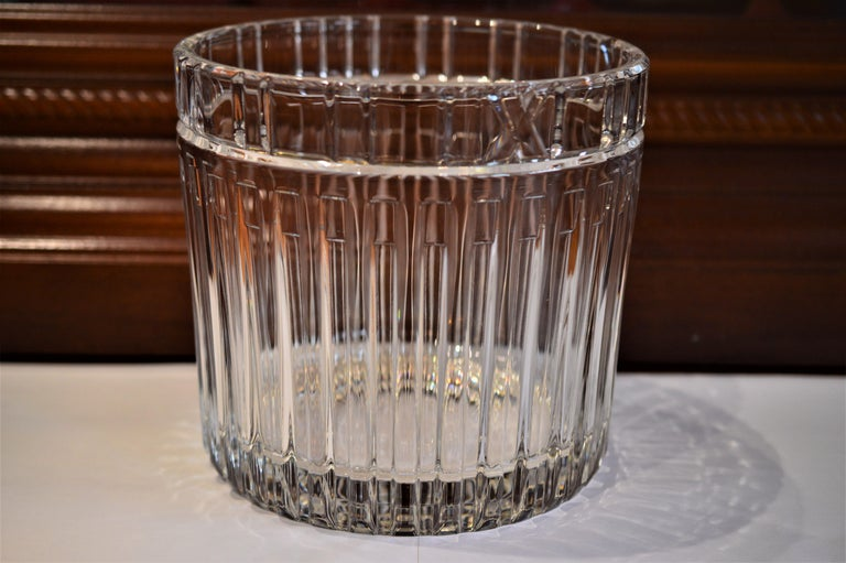 Women's or Men's Tiffany & Co. Atlas Crystal Glass Champagne Ice Cooler Bucket For Sale