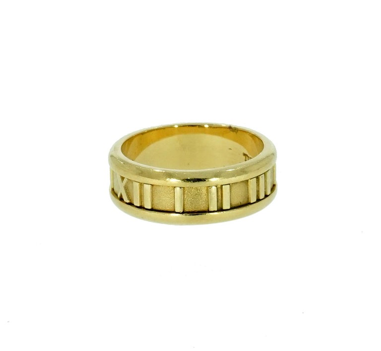 Tiffany & Co. Atlas Yellow Gold Band In Excellent Condition For Sale In Greenwich, CT