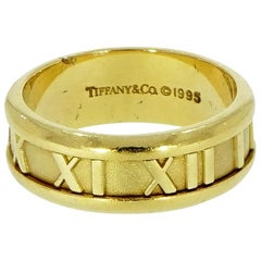 Tiffany & Co. Atlas Yellow Gold Band