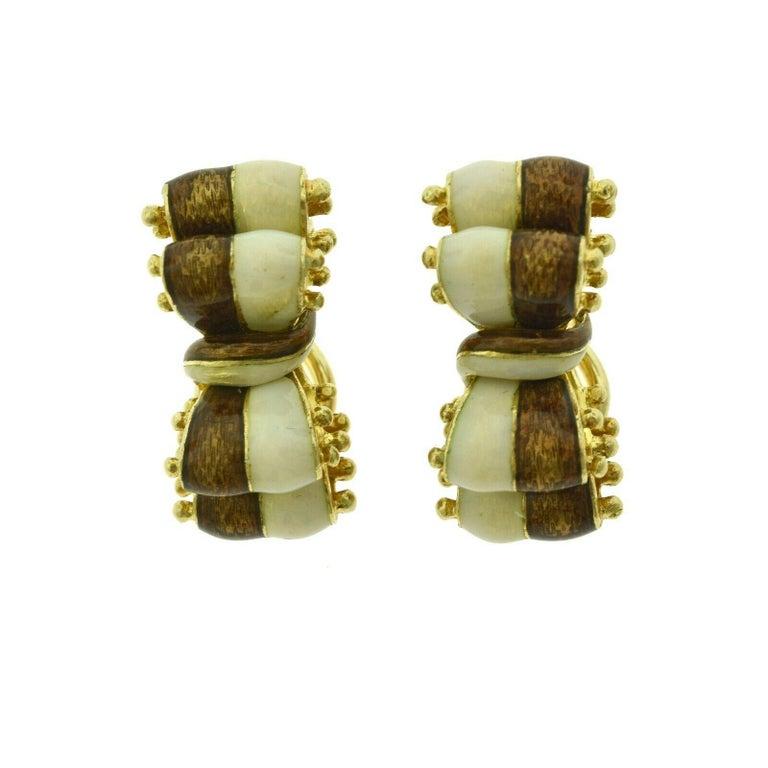 Women's Tiffany & Co. Brown White Enamel 18k Gold Double Ribbon Bow Tie Clip-On Earrings For Sale