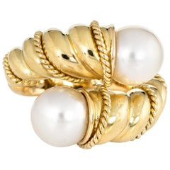 Tiffany & Co. Bypass Ring Vintage Cultured Pearl 18 Karat Yellow Gold Rope Twist