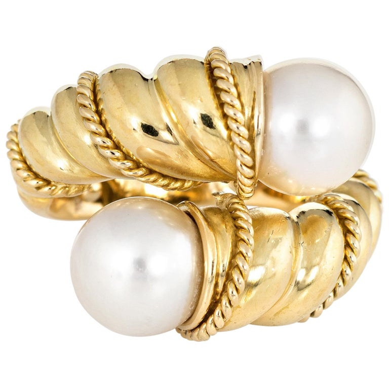 Tiffany & Co. Bypass Ring Vintage Cultured Pearl 18 Karat Yellow Gold Rope Twist For Sale
