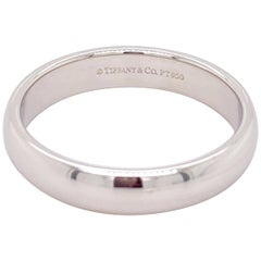 Tiffany & Co. Classic Platinum Wedding Band in Platinum