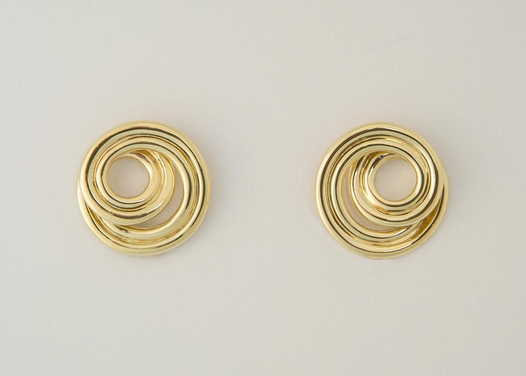 Contemporary Tiffany & Co. Classic Swirl Gold Earrings For Sale