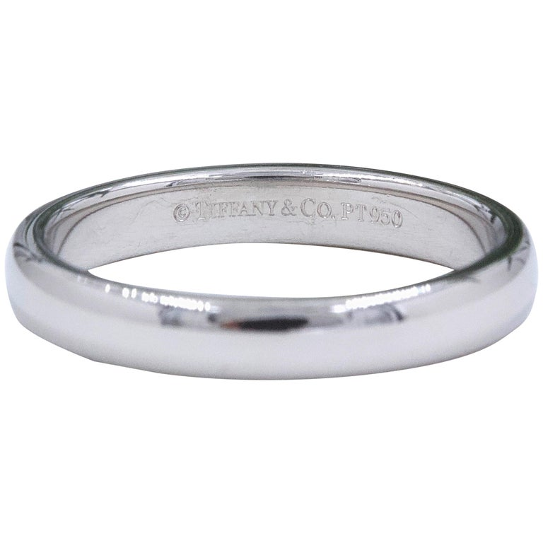 45602746b Tiffany and Co. Classic Wedding Band Ring Platinum For Sale at 1stdibs