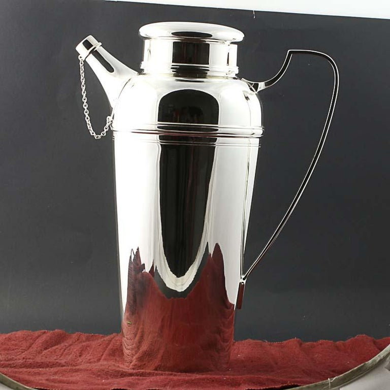 Tiffany & Co Cocktail Shaker Pitcher Sterling Silver 21357 3197 4 Pints Barware In Excellent Condition For Sale In Greensboro, NC
