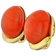 Tiffany & Co. Coral 18 Karat Yellow Gold Round Coral Clip Earrings