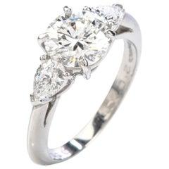 Tiffany & Co. Diamond 2.07 Carat F VS 1Platinum Engagement Three-Stone Ring