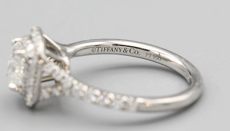 Tiffany & Co. Diamond and Platinum Engagement Ring For Sale 1