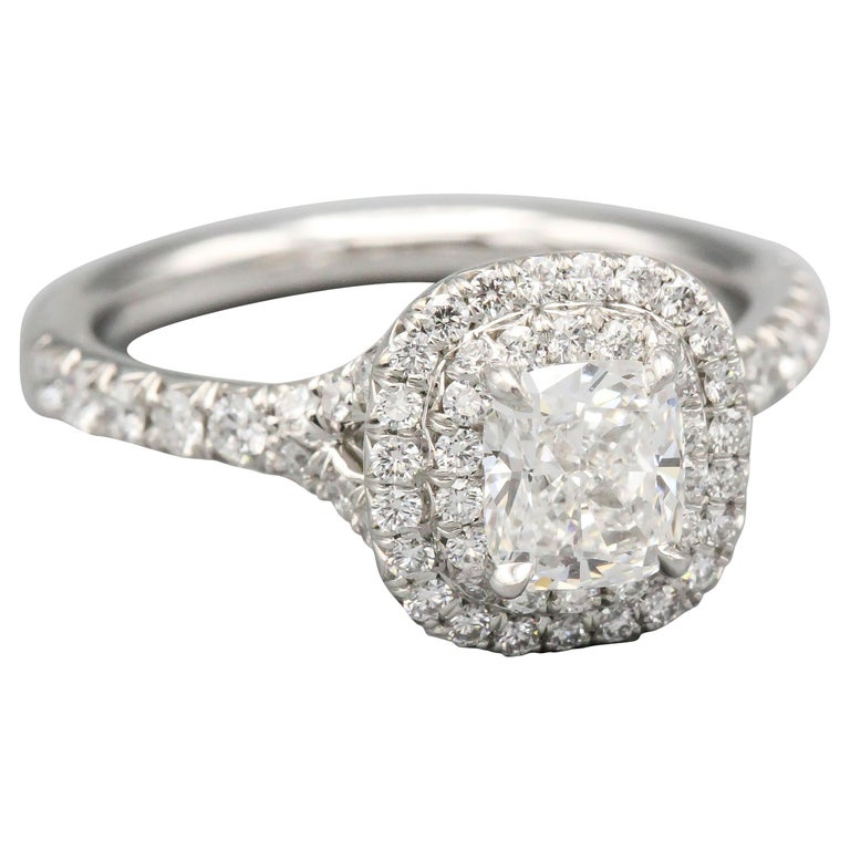 Tiffany & Co. Diamond and Platinum Engagement Ring For Sale