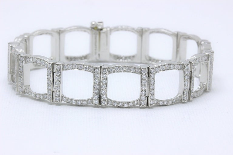 Tiffany & Co. Diamond and Platinum Open Square Link Bracelet Rounds 4.00 TCW For Sale 8