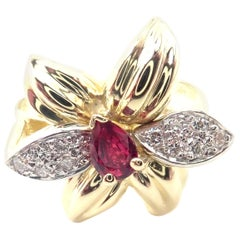 Tiffany & Co. Diamond and Ruby Yellow Gold Flower Ring