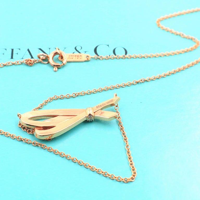 Tiffany & Co. Diamond Bow Pendant Necklace 18 Karat Rose Gold For Sale 4