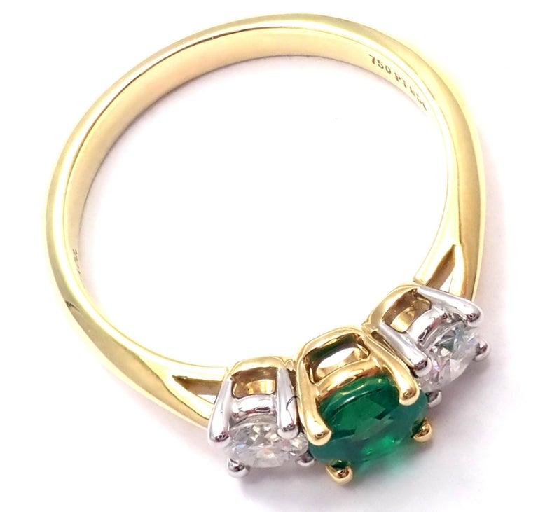 Tiffany & Co. Diamond Emerald Three-Stone Platinum Yellow Gold Band Ring For Sale 3