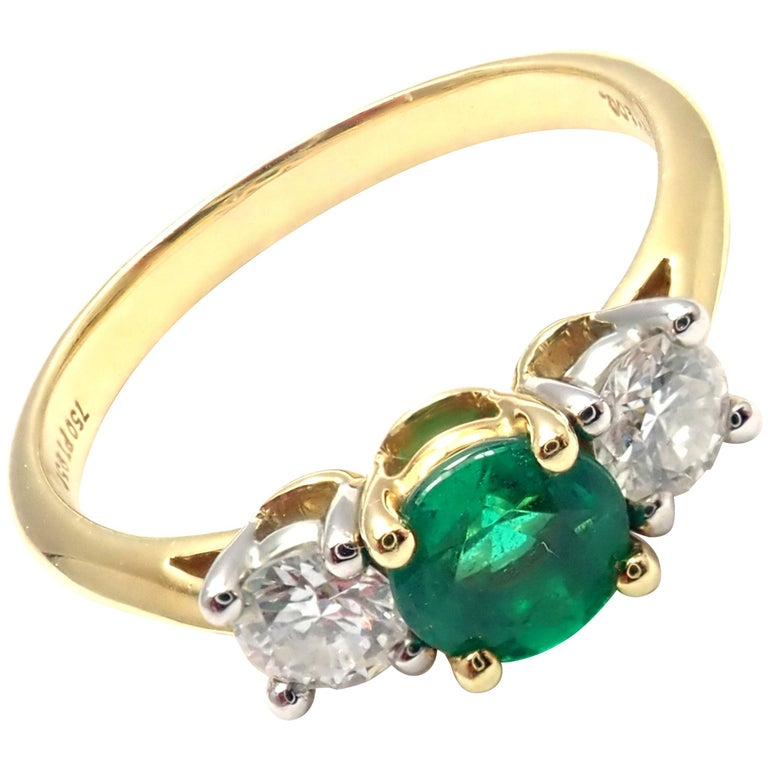 Tiffany & Co. Diamond Emerald Three-Stone Platinum Yellow Gold Band Ring For Sale
