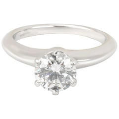 Tiffany & Co. Diamond Engagement Ring in Platinum F VS1 0.94 Carat