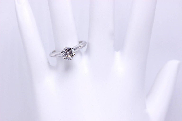 Modern Tiffany & Co. Diamond Engagement Ring Round Solitaire 1.02 Carat H VS1 For Sale