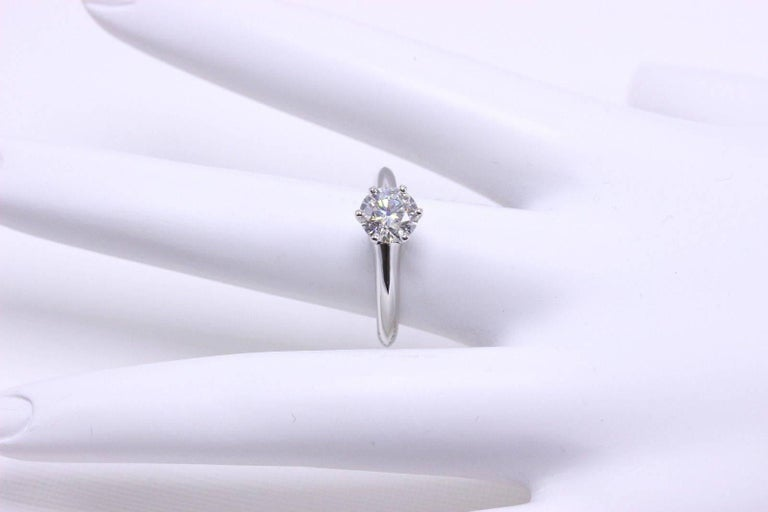 Round Cut Tiffany & Co. Diamond Engagement Ring Round Solitaire 1.02 Carat H VS1 For Sale