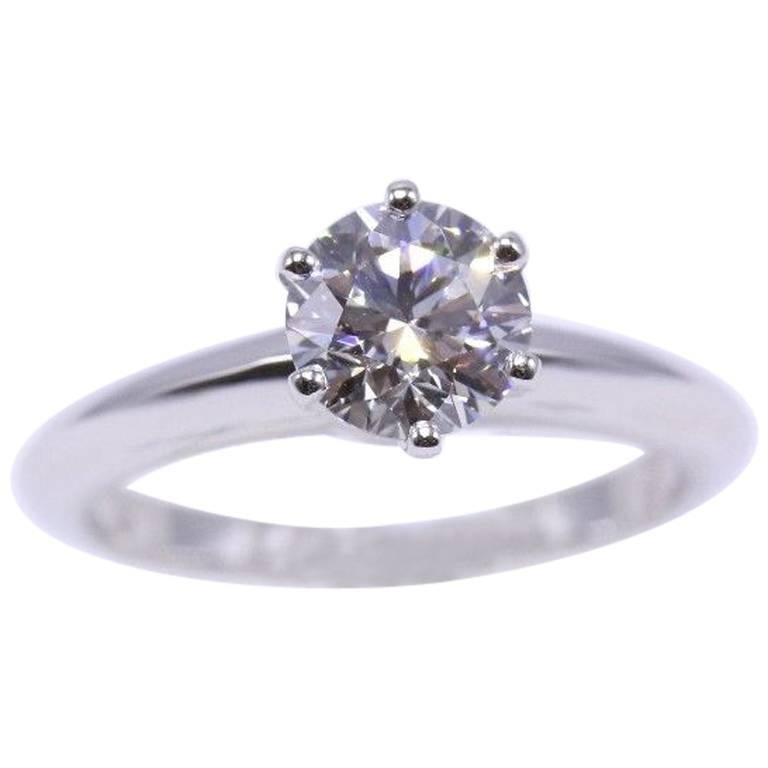 Tiffany & Co. Diamond Engagement Ring Round Solitaire 1.02 Carat H VS1 For Sale