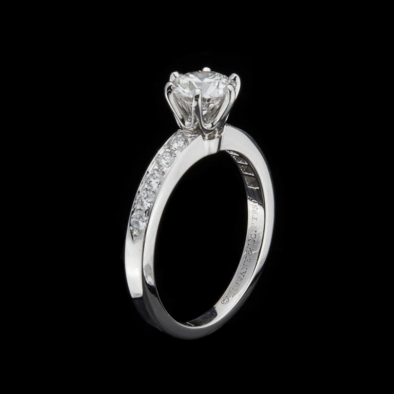 Tiffany & Co. Diamond Platinum Engagement Ring In Excellent Condition For Sale In San Francisco, CA