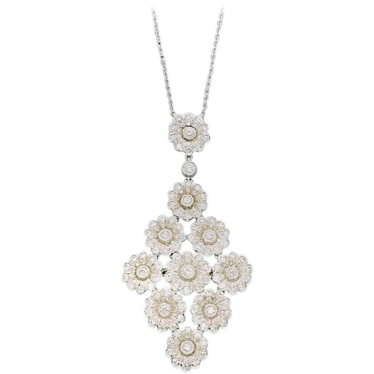 7771bd4d2 Tiffany & Co. Diamond Platinum Flower Daisy Cluster Pendant Necklace For  Sale