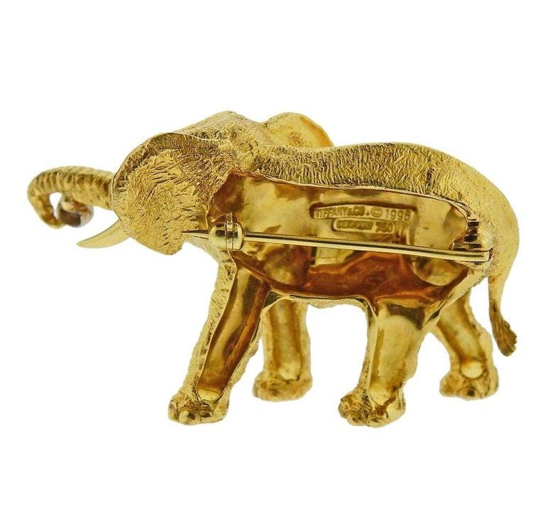 Tiffany & Co. Diamond Sapphire Gold Elephant Brooch Pin For Sale 1