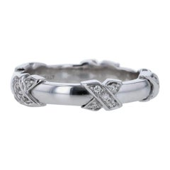 Tiffany & Co Diamond Signature X Ring in 18 Karat White Gold