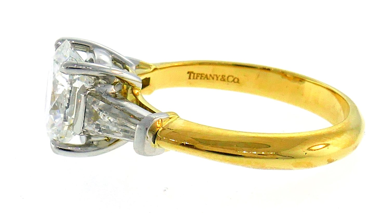 c31d5bea28ca9 Tiffany & Co. Diamond Yellow Gold Engagement Ring 2.02-carat F VVS1 GIA  Report