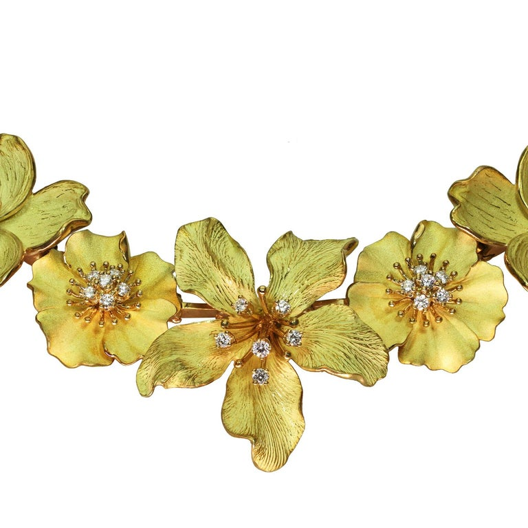 Tiffany & Co. Dogwood Flower Diamond Yellow Gold Necklace and Earring Set For Sale 1