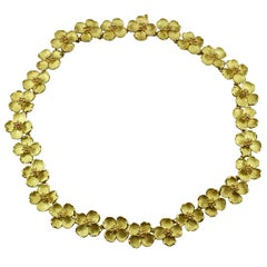 Tiffany & Co. Dogwood Yellow Gold Flower Link Necklace